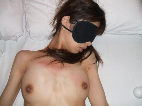 目隠し調教の画像-21