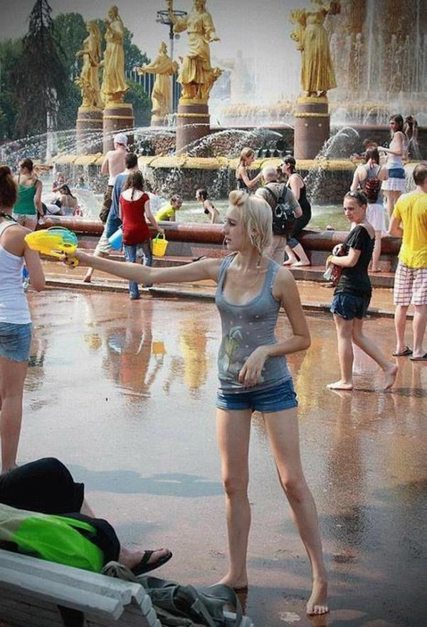 水かけ祭りエロ画像-6