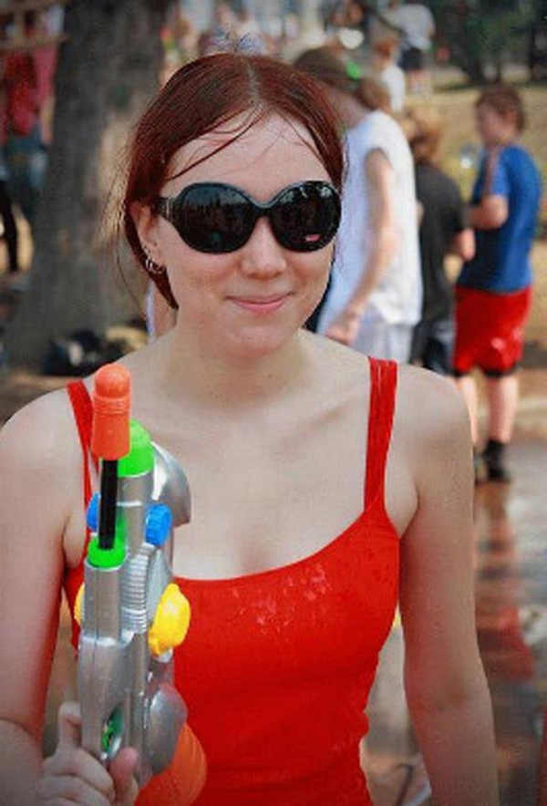 水かけ祭りエロ画像-27