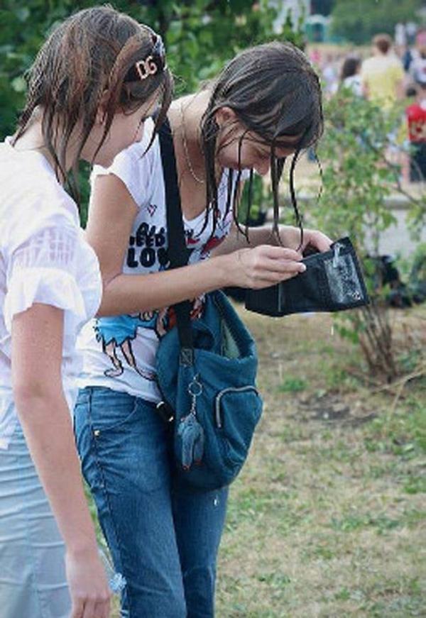 水かけ祭りエロ画像-42