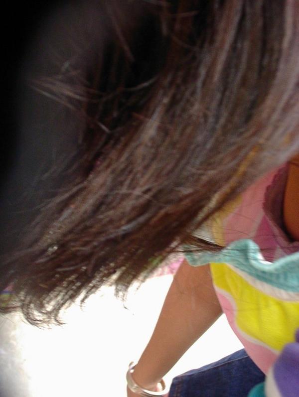 胸チラ画像-14