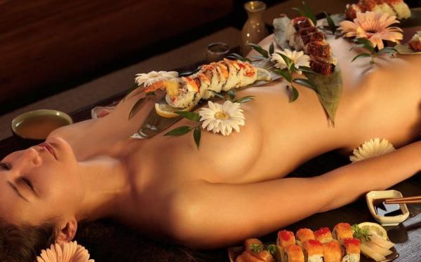 女体盛り画像-2