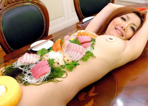 女体盛り画像-41