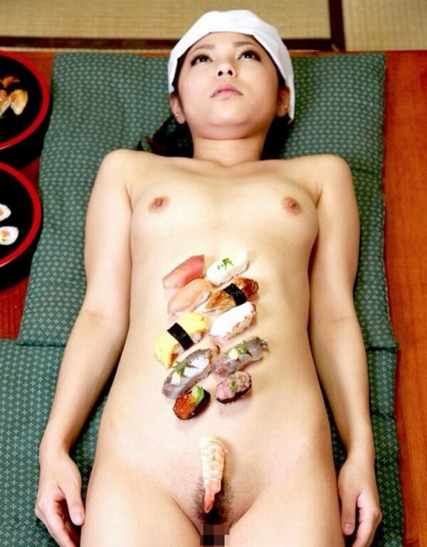 女体盛り画像-44