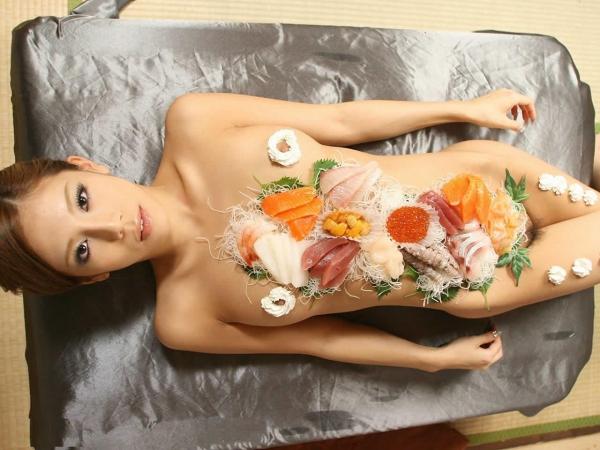 女体盛り画像-49