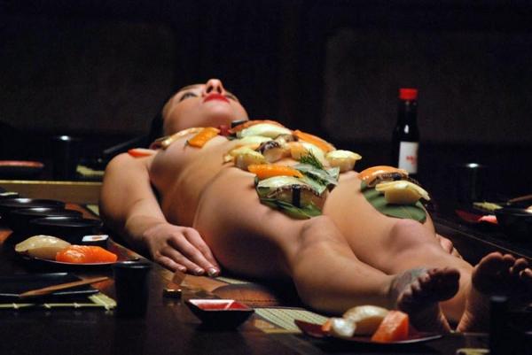 女体盛り画像-55