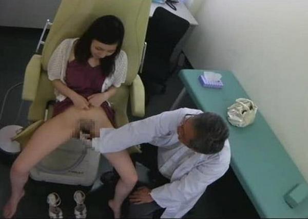 産婦人科診察画像-13