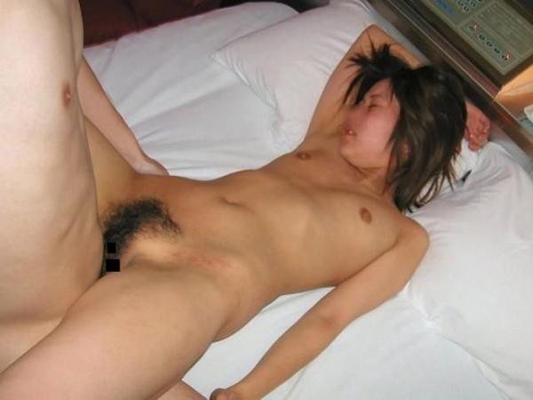 正常位SEXの画像-2