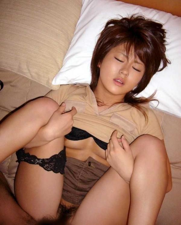 正常位SEXの画像-20
