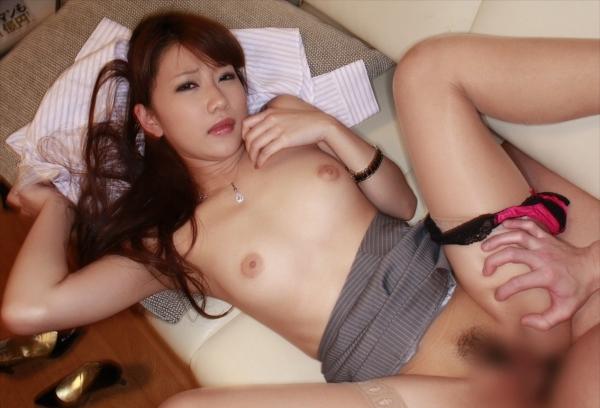 正常位SEXの画像-60