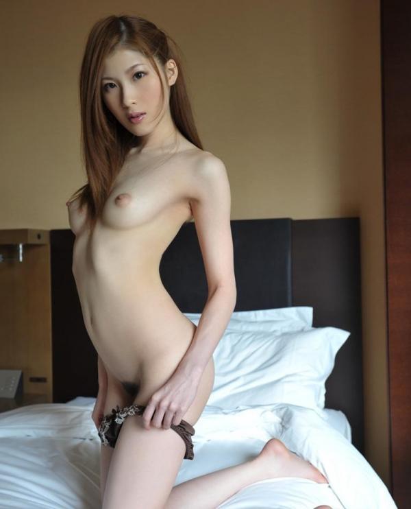 スレンダー人妻画像-19