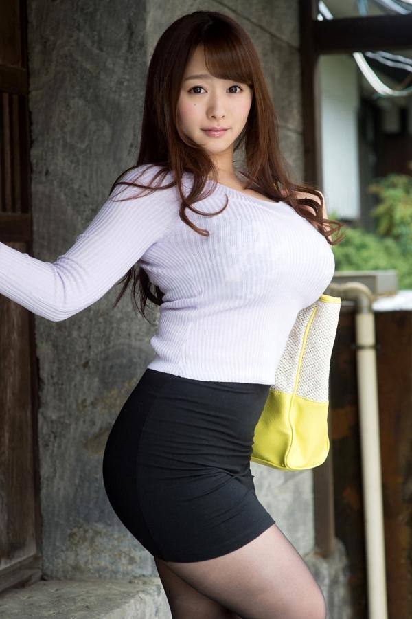 着衣巨乳の画像-6