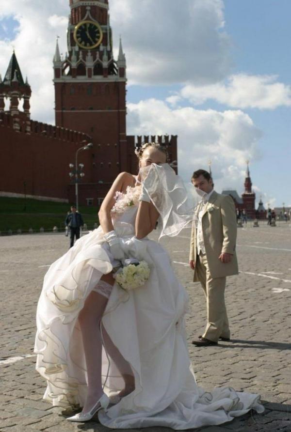 ウエディングドレスのパンチラ画像-7