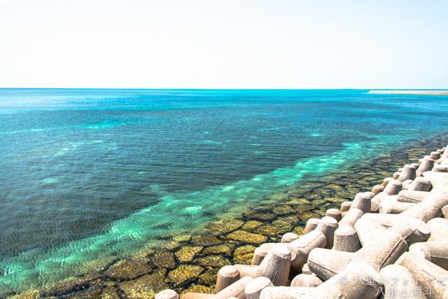 石垣島 市街地の八島人工島からの海風景