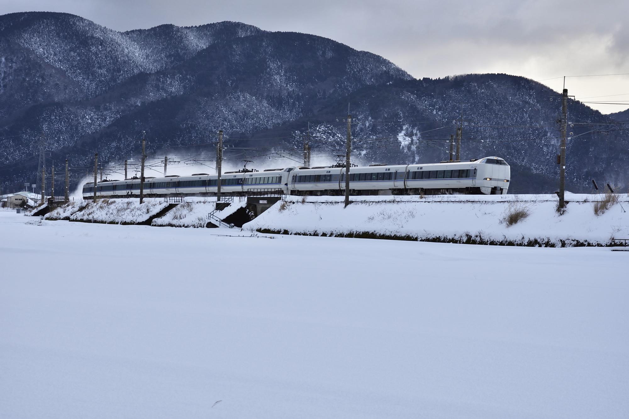 冬の湖西線