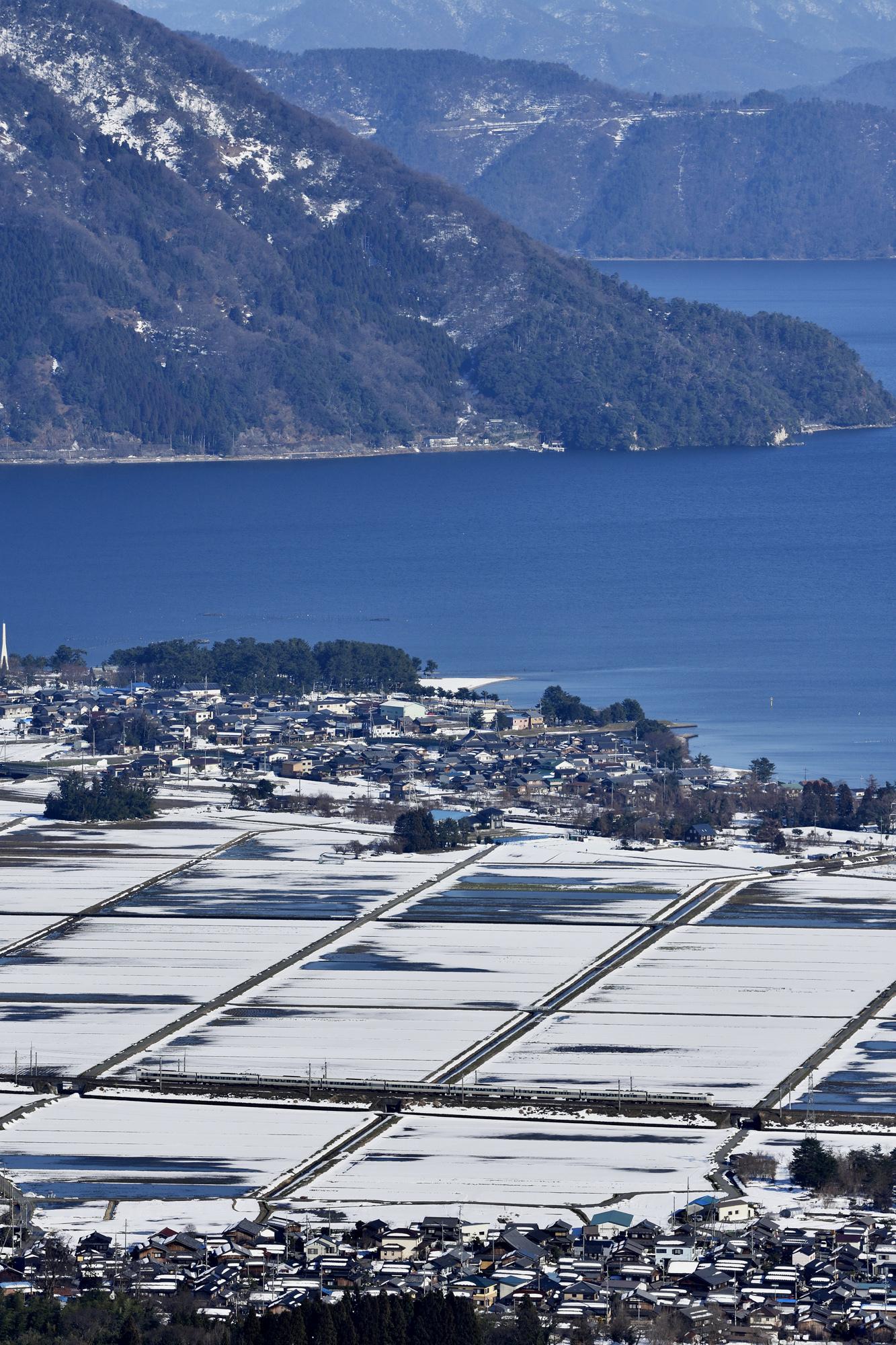 早春の北琵琶湖