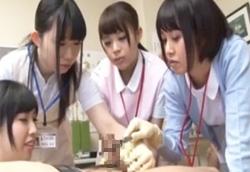 ナース達が包茎チンコをゴム手袋手コキで診察を兼ねて治療1