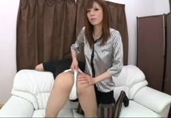 【M男】パンスト美脚で電気アンマ玉虐め&お仕置きお尻叩き!2