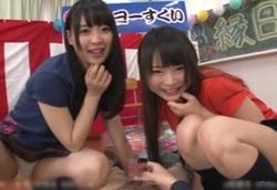 【痴女】JK文化祭 ヨーヨーすくいでパンチラ誘惑!乳首責めW手コキ!!心花ゆら なつめ愛莉