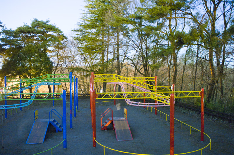 八幡山公園のターザンロープ遊具レールウェイ