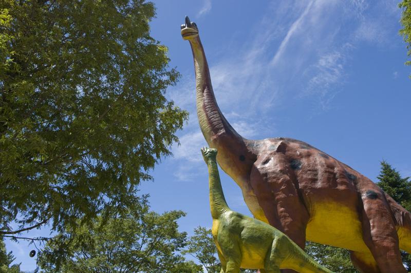 豊橋総合動植物公園のんほいパークの恐竜