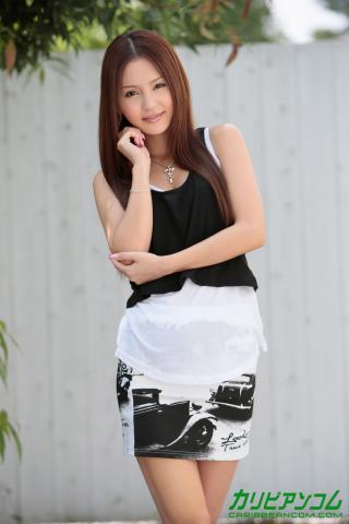 丘咲エミリ 画像