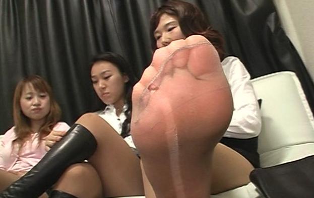 仕事帰りOLのパンスト消臭奴隷の脚フェチDVD画像1