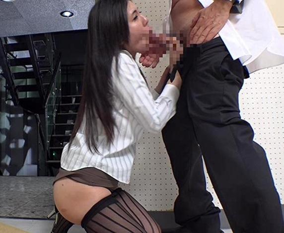 肉棒に飢えたドスケベOL達をパンスト着衣のままバックから犯すの脚フェチDVD画像3
