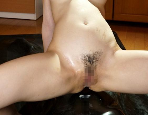 妹の女子校生が生足コキから男潮を噴かせる手コキ責めの脚フェチDVD画像6