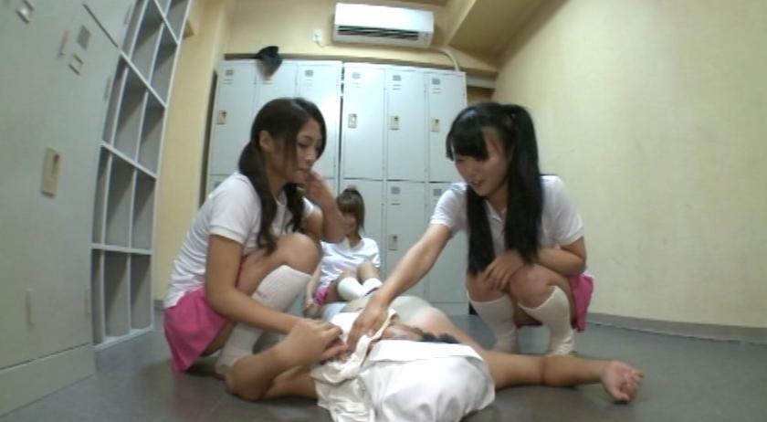 真夏のJK!集団女子臭足虐め!!の脚フェチDVD画像3