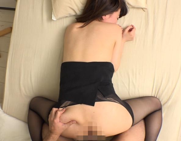 エロ妻のムッチムチ美脚のパンストで足コキしてもらうの脚フェチDVD画像6