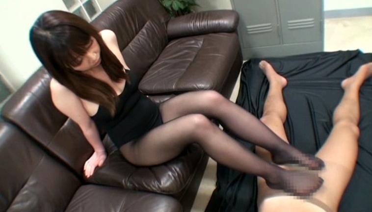 エロエロお姉さんの艶色パンストで足責め&足コキ 2の脚フェチDVD画像3