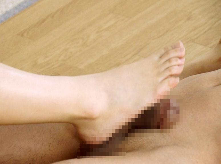 ドエスお嬢様がM男に電気按摩からの靴コキや生足コキで強制足射の脚フェチDVD画像6