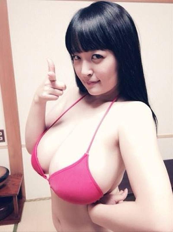 柳瀬早紀 巨乳5