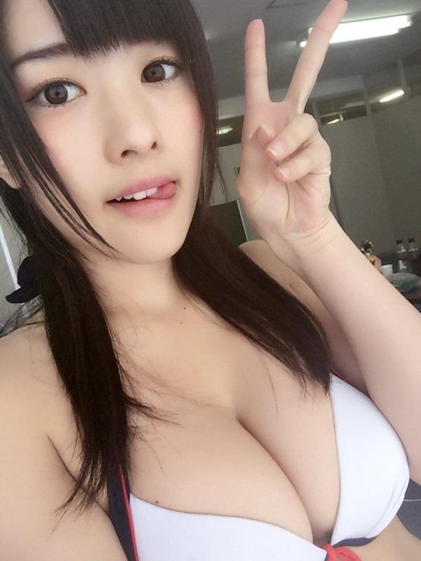 仮面女子・神谷えりな乳 6