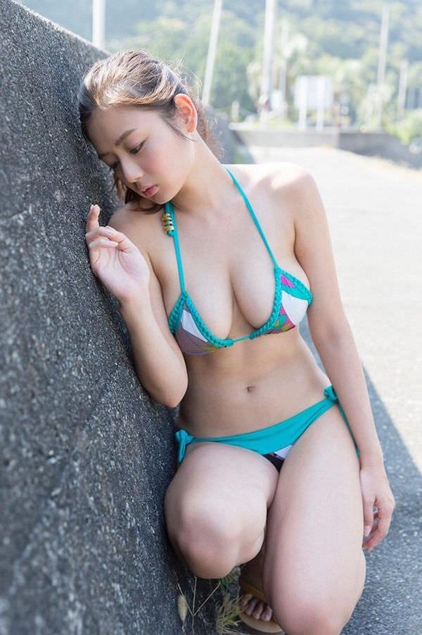 片山萌美24