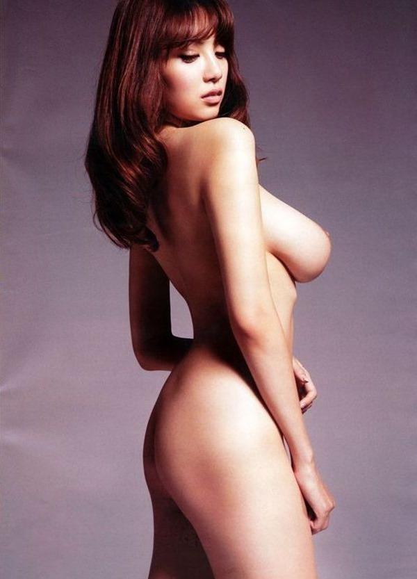 RION 裸体18
