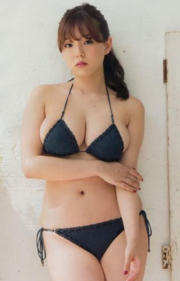 篠崎愛23