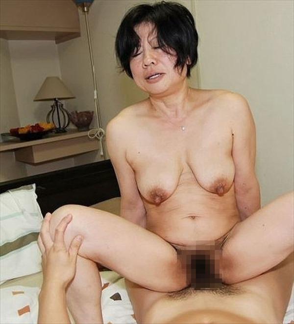 垂れ乳BBA13