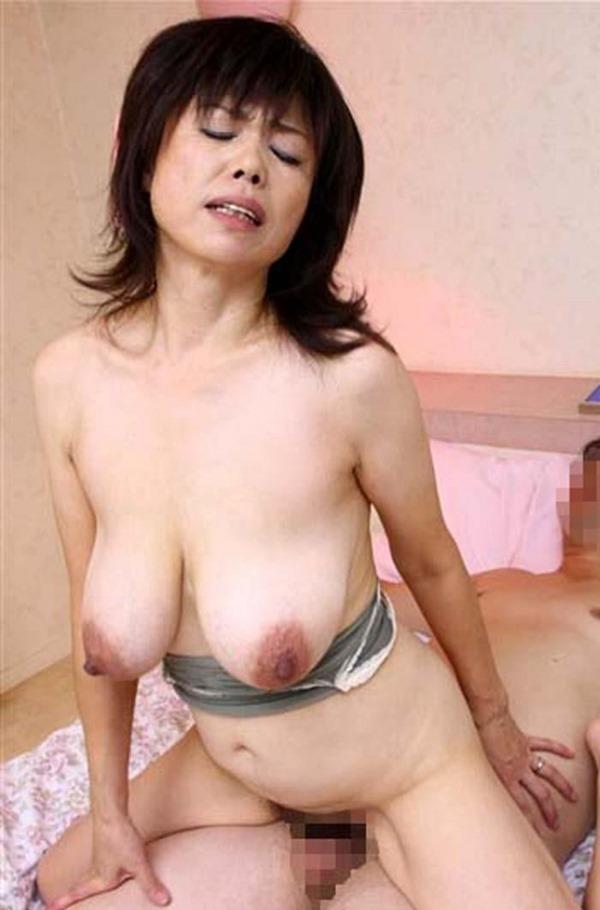 垂れ乳BBA20