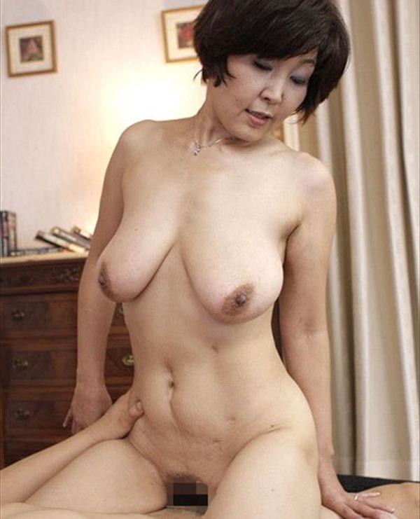垂れ乳BBA3