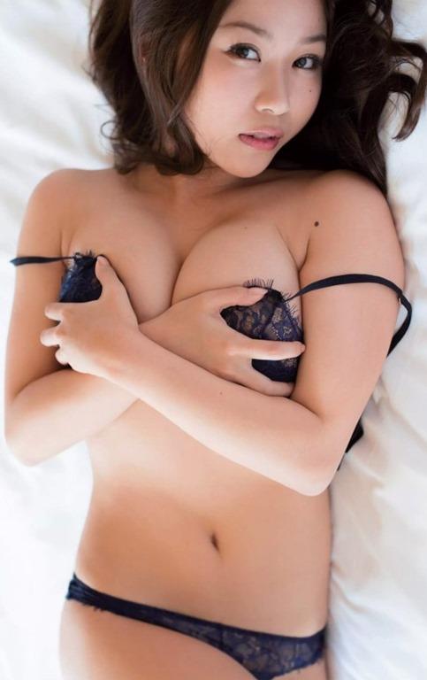 (西田麻衣(28)のソフマップIカップ乳房がえろい)95㎝美巨乳グラドル☆