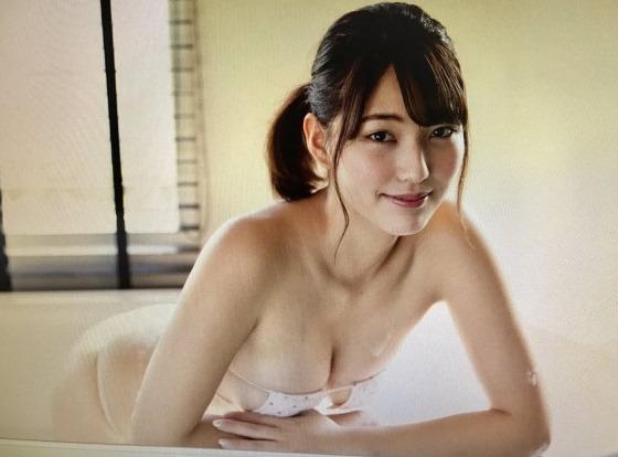 久松郁実よりすけべでセックスな体つき体育会系・原あや香(21)えろ写真37枚☆