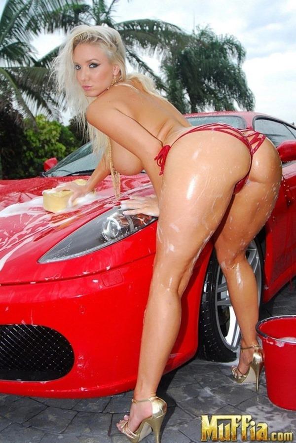 洗車ガール18