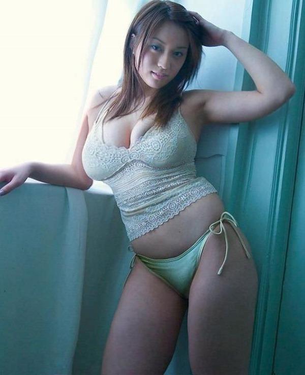 ムッチリ巨乳女子14