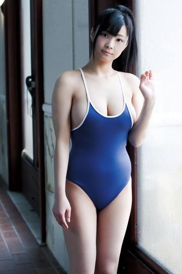 ムッチリ巨乳女子4