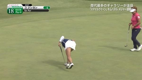 ゴルフ中継パンチラ15