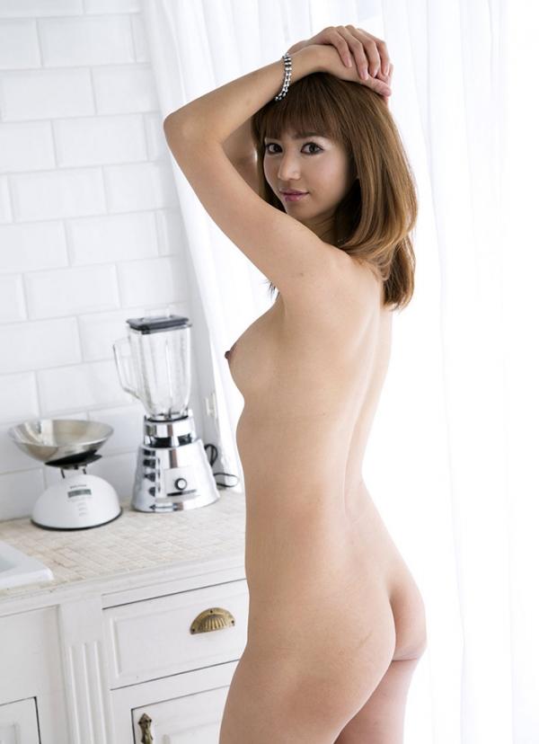 おっぱい 美乳33215.jpg
