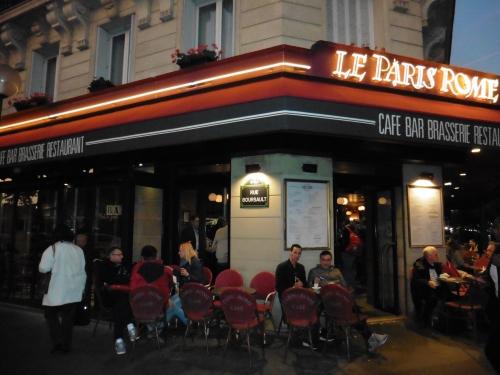 到着後のカフェ