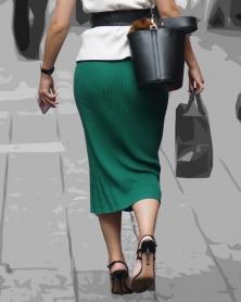 タイトでピチピチなロングスカート